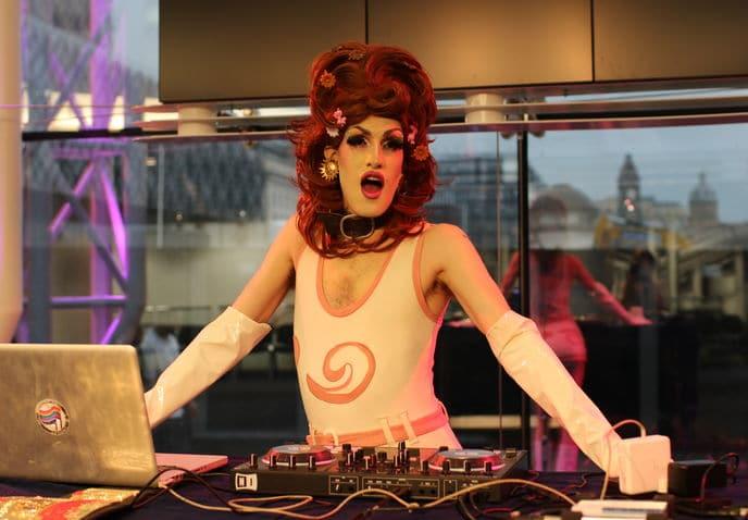 DJ LADY MISS IKEA